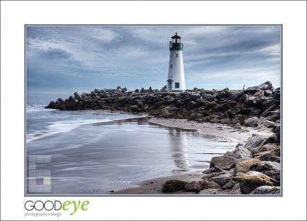 Walton Lighthouse with Waves 02, DSC_7425_HDR_web