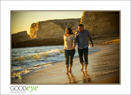 0024_d800_Verona_and_Paul_Panther_Beach_Santa_Cruz_Engagement_Photography_web